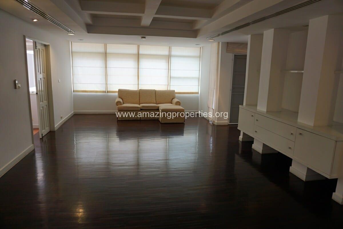 4 Bedroom Penthouse Siri Apartment (23)