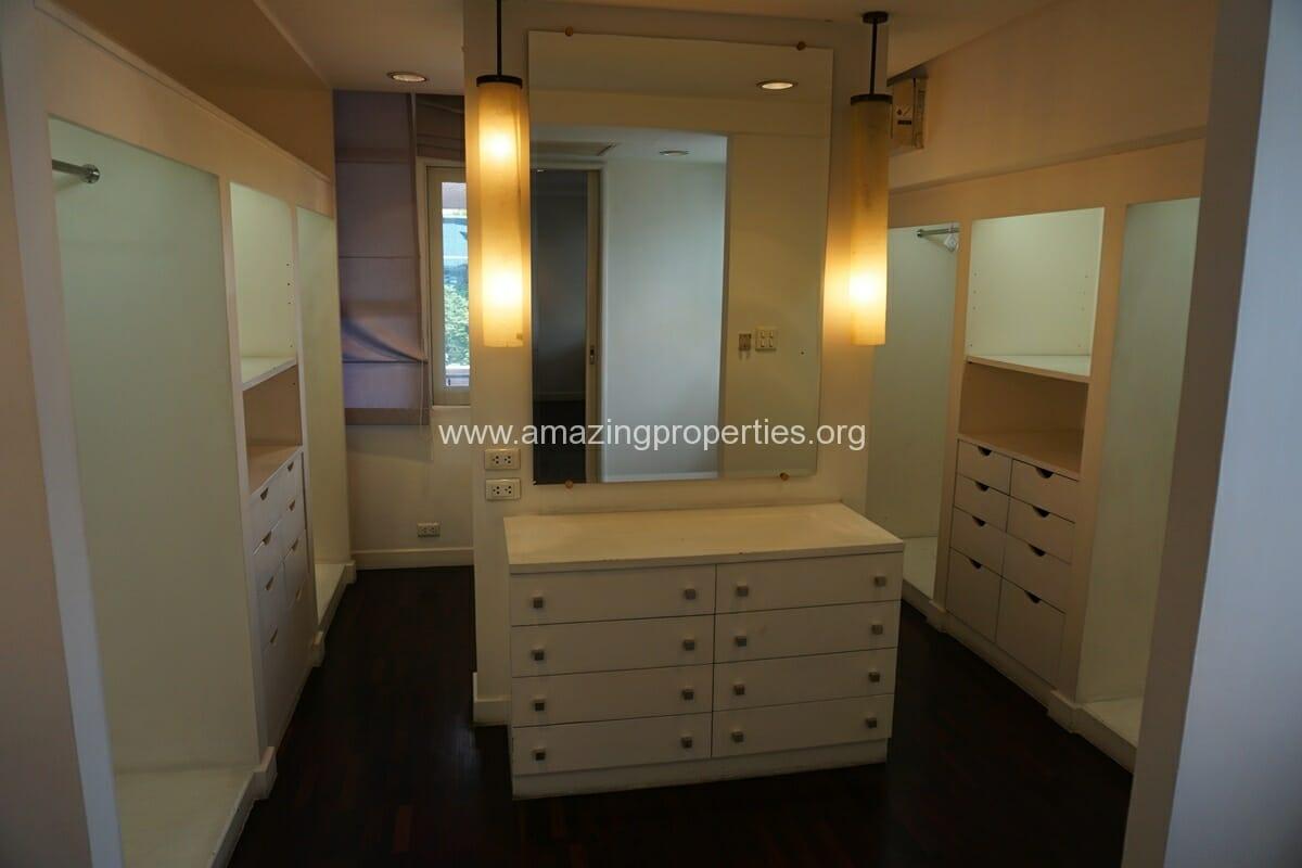 4 Bedroom Penthouse Siri Apartment (26)