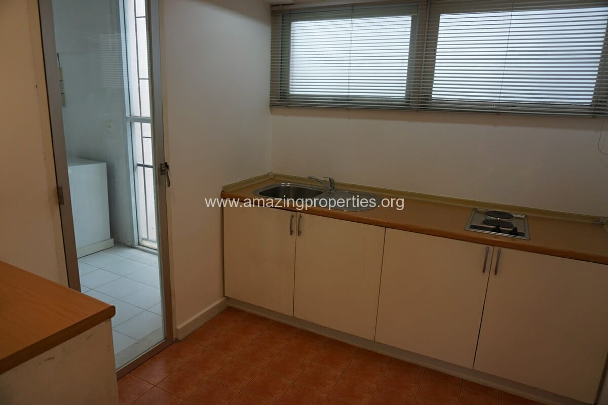 4 Bedroom Penthouse Siri Apartment (5)