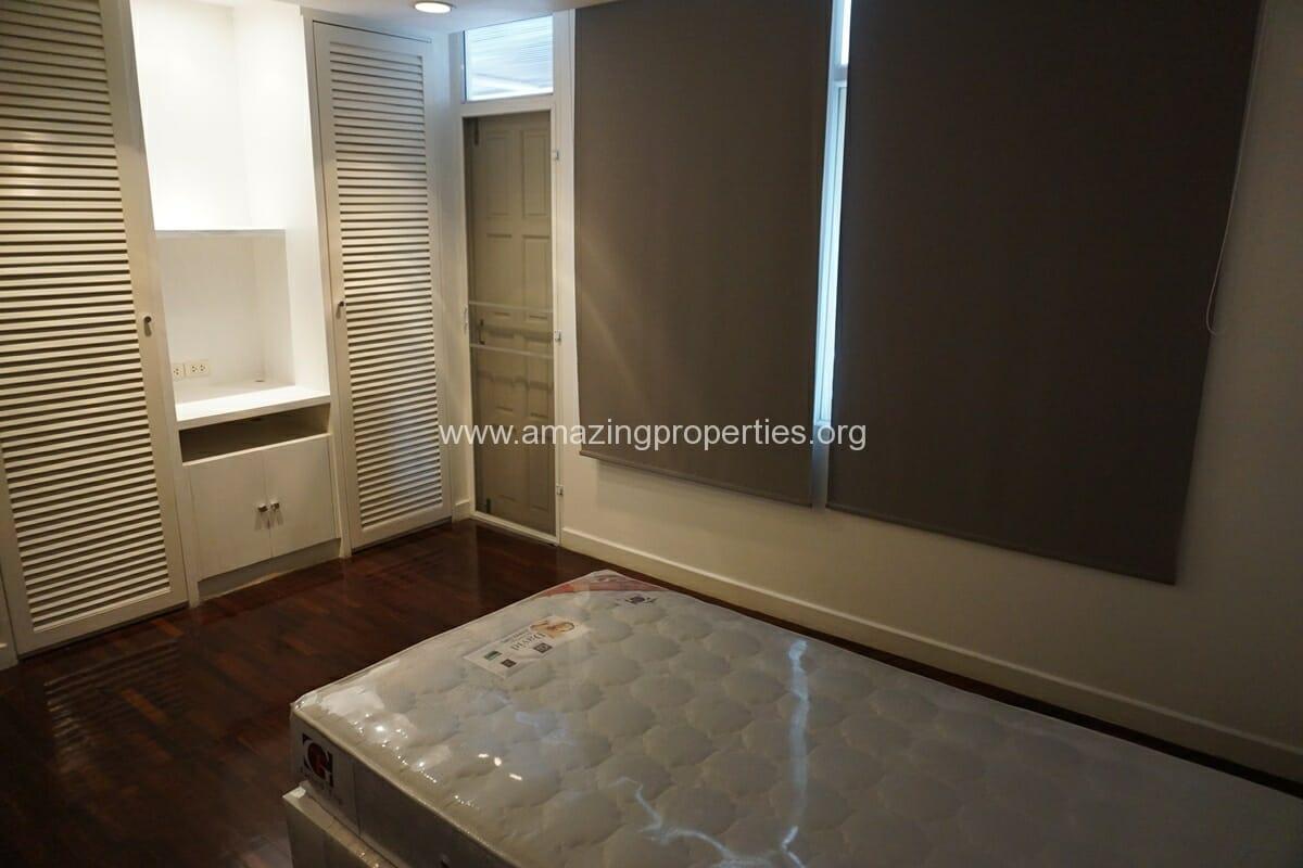 4 Bedroom Penthouse Siri Apartment (9)