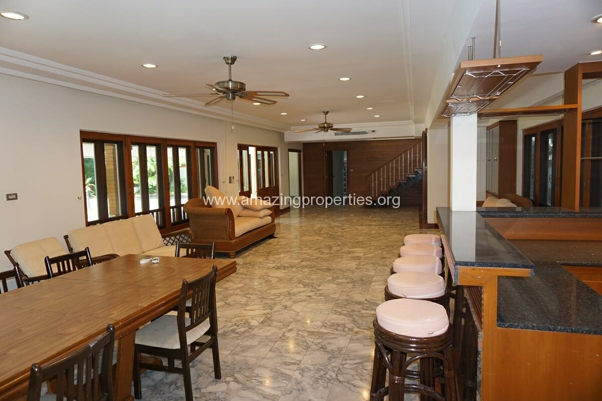 4 Bedroom Phrom Phong House-16