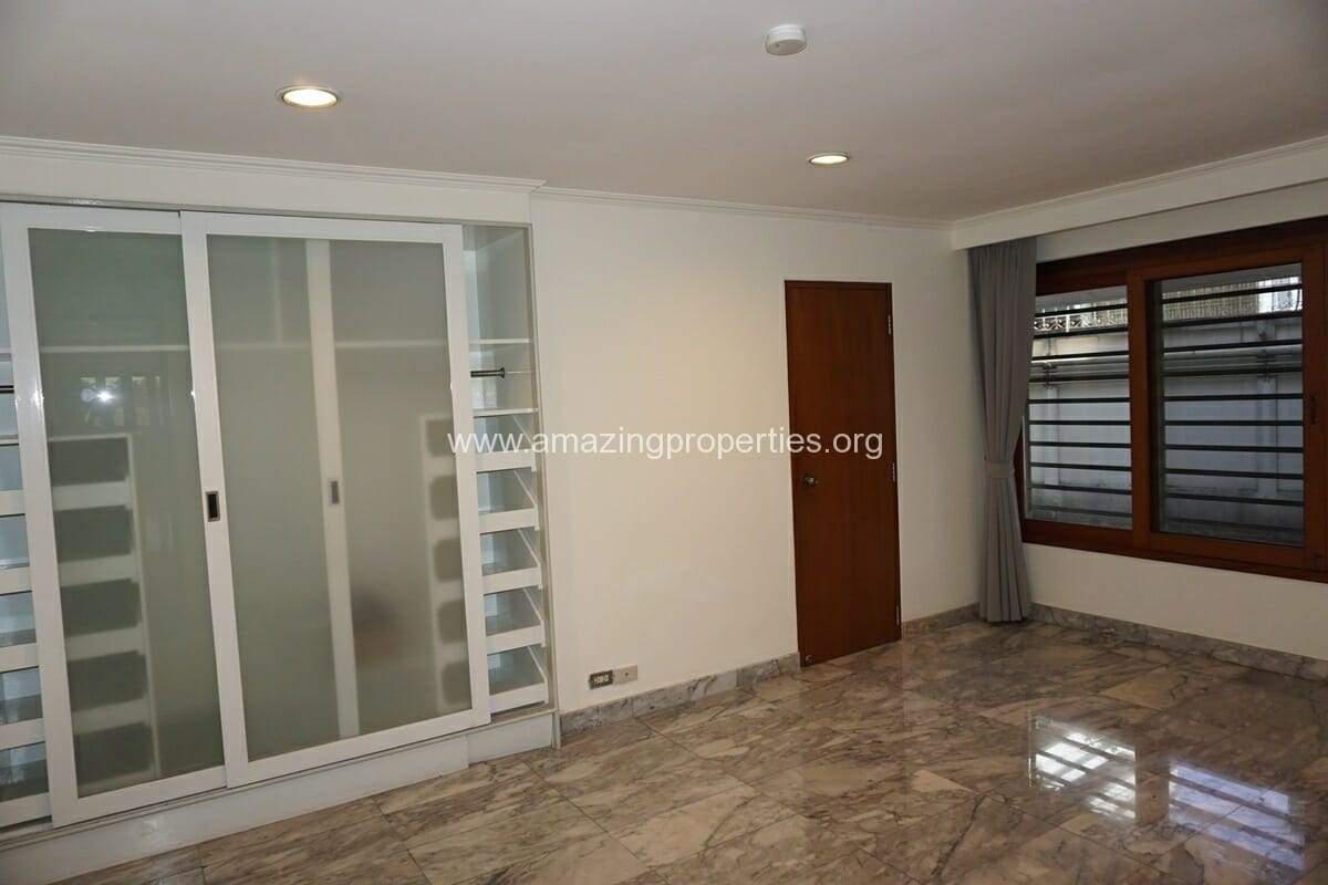 4 Bedroom Phrom Phong House-6