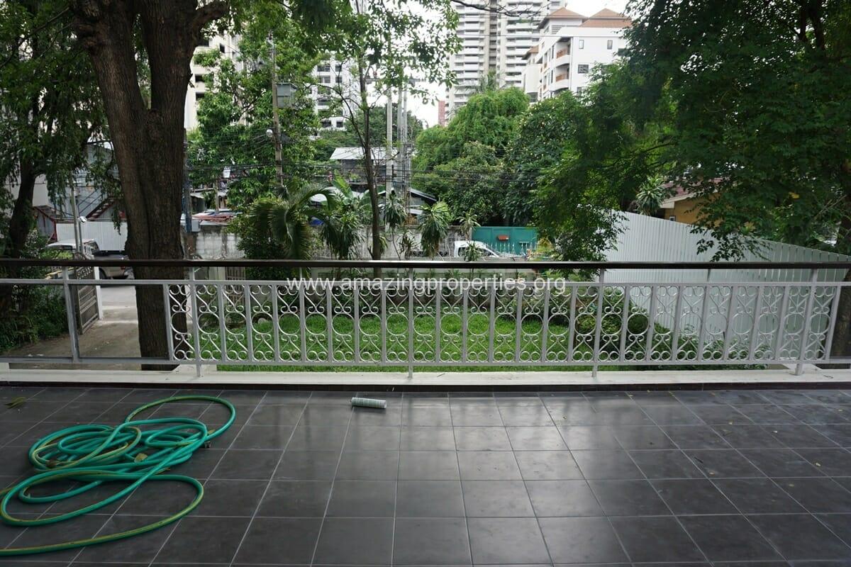 Nana 3 Bedroom House for Rent-27