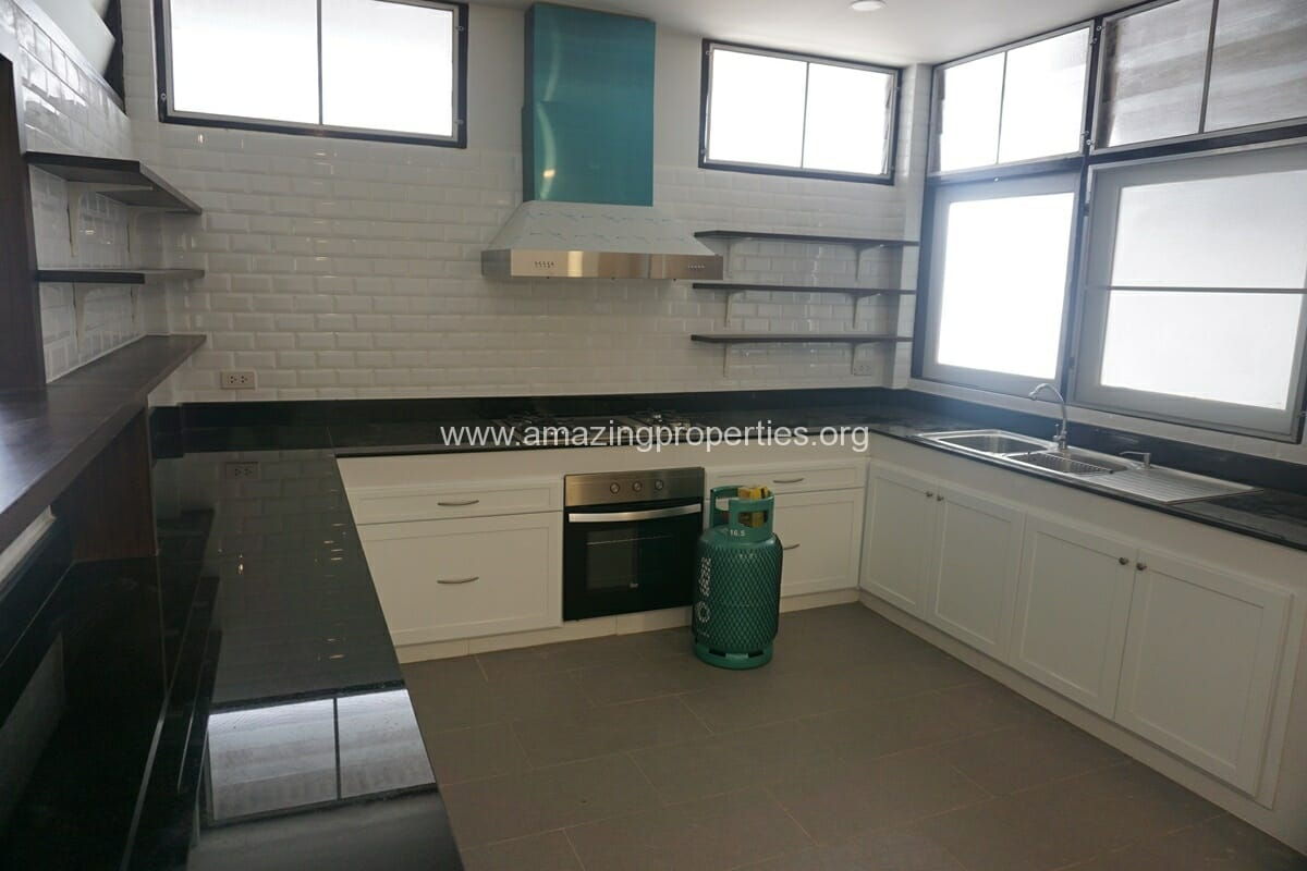 Nana 3 Bedroom House for Rent-3