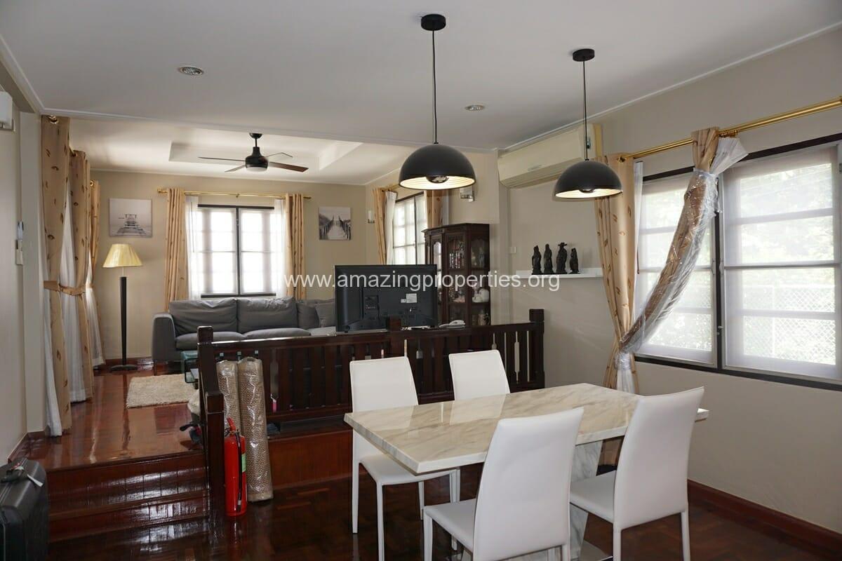 Thonglor 3 Bedroom House-12