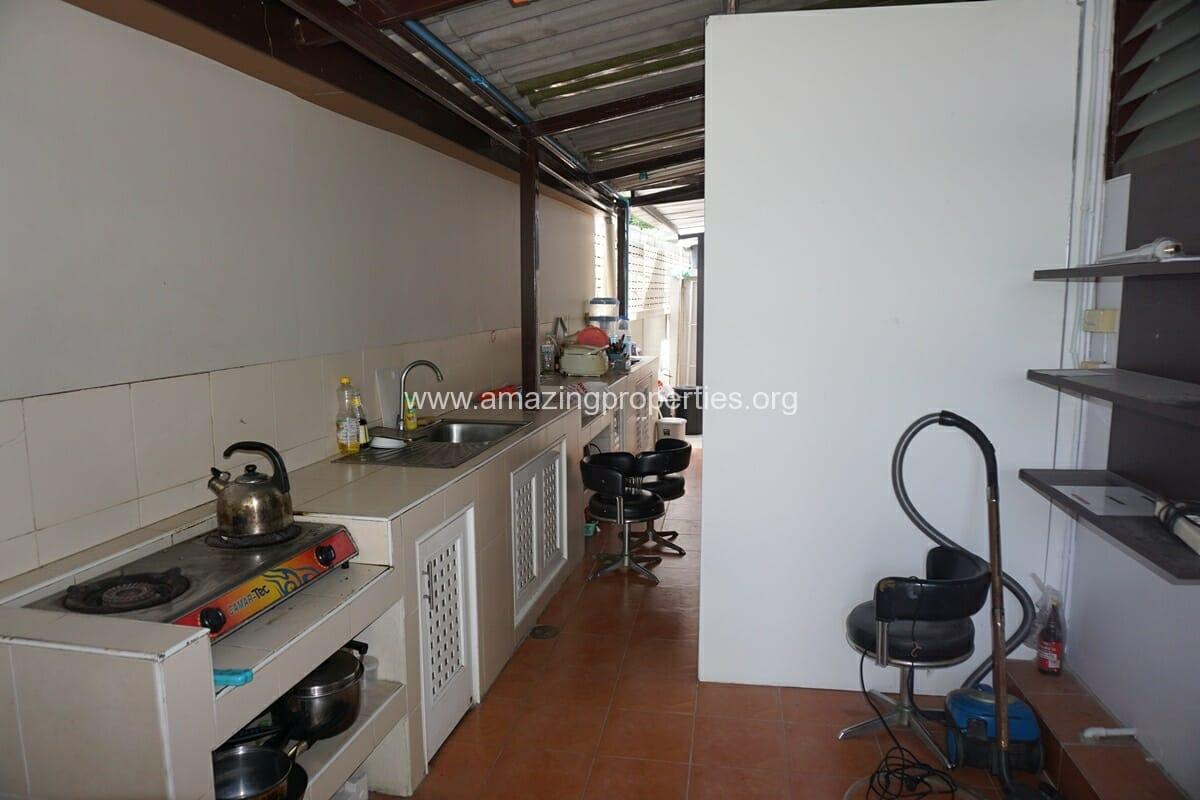 Thonglor 3 Bedroom House-4
