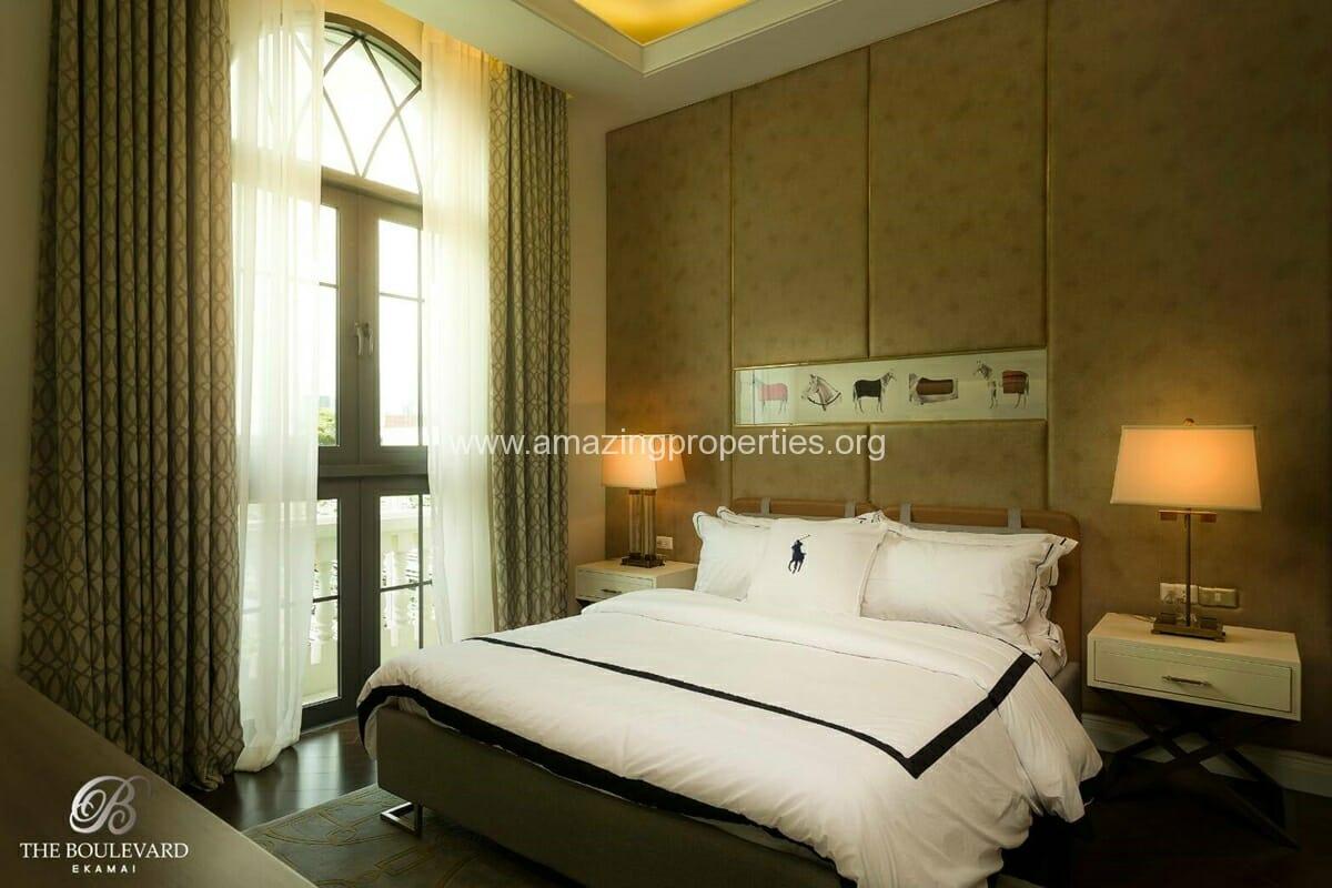Ekkamai 4 Bedroom House for Sale-10