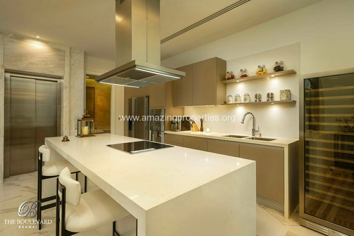 Ekkamai 4 Bedroom House for Sale-4