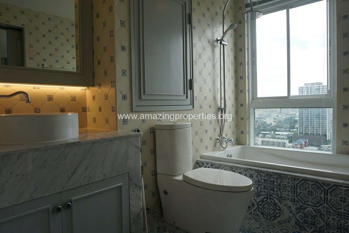 Kiarthanee Mansion Penthouse for Rent-24