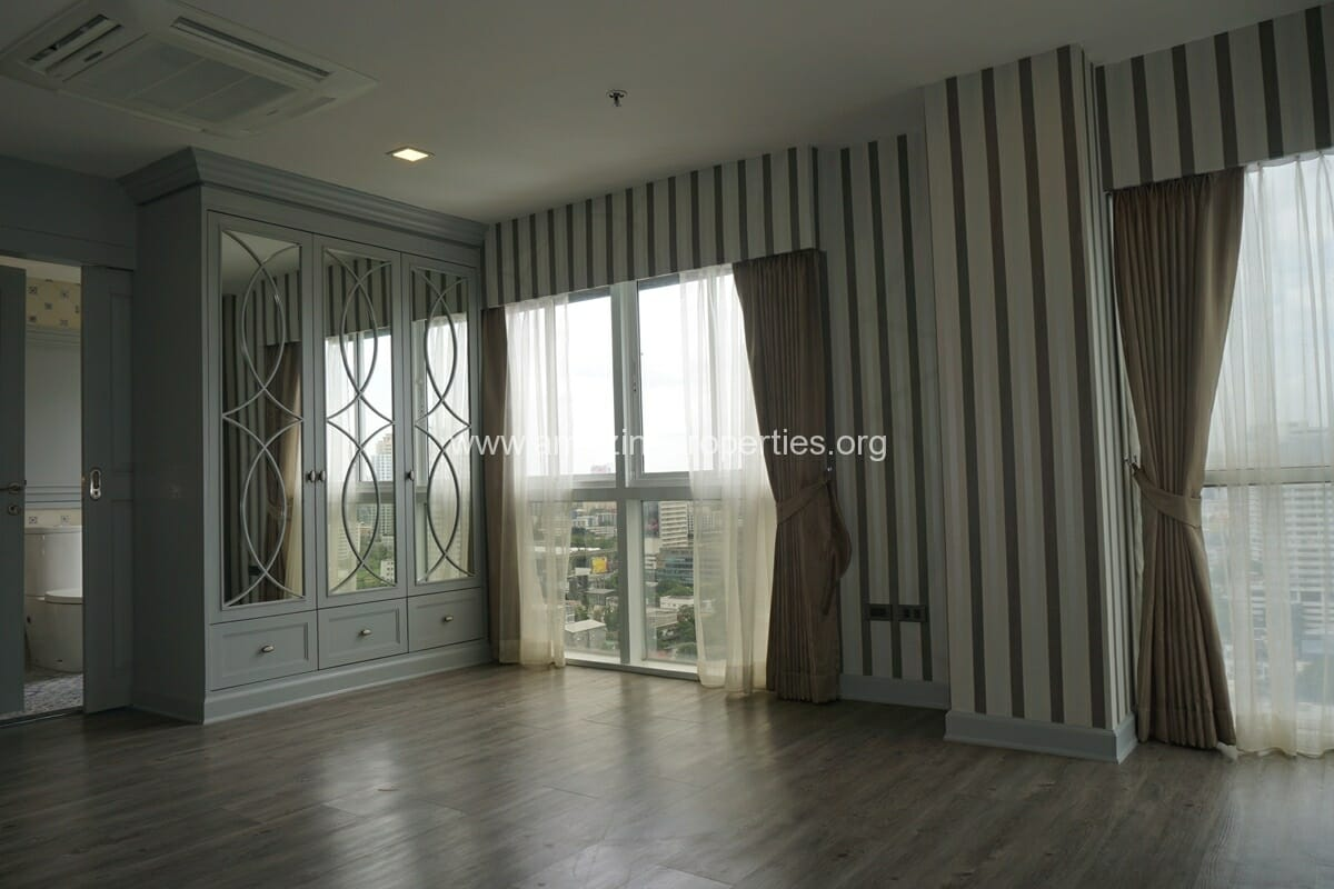 Kiarthanee Mansion Penthouse for Rent-26