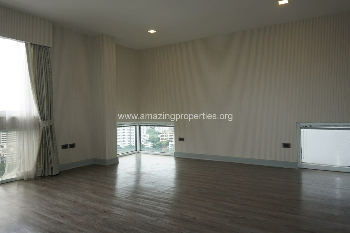 Kiarthanee Mansion Penthouse for Rent-29