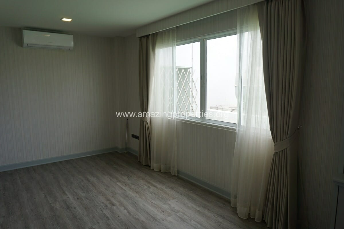 Kiarthanee Mansion Penthouse for Rent-38