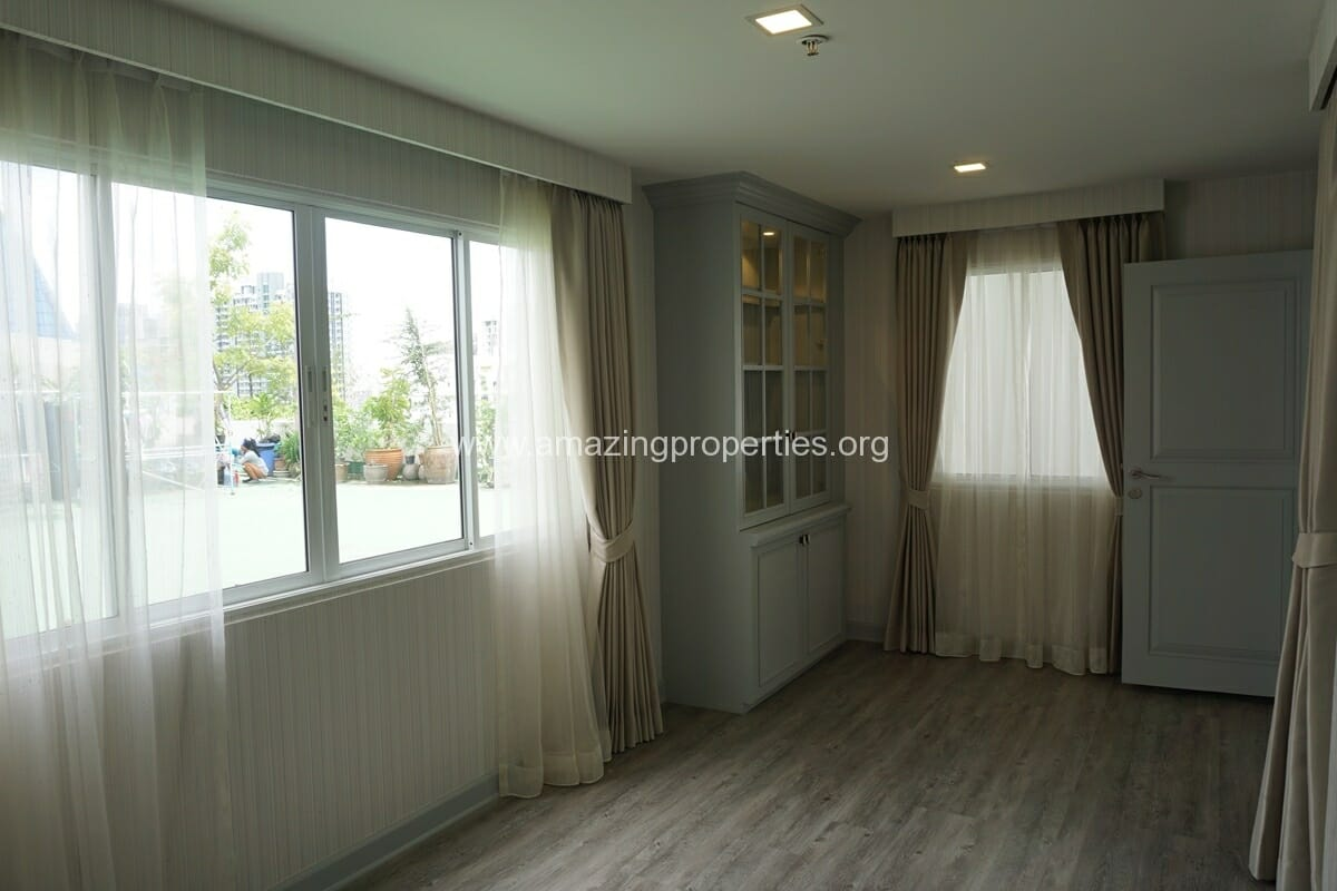 Kiarthanee Mansion Penthouse for Rent-39