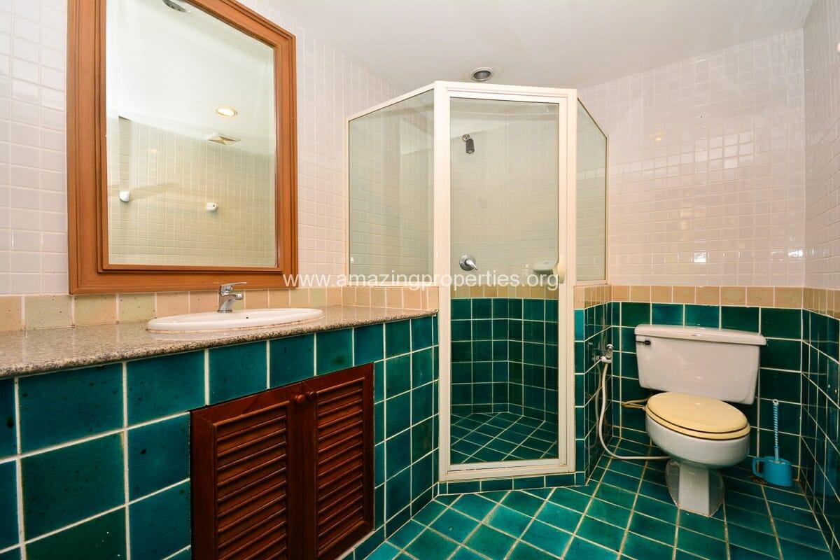 3 Bedroom Apartment MSI III Garden-10