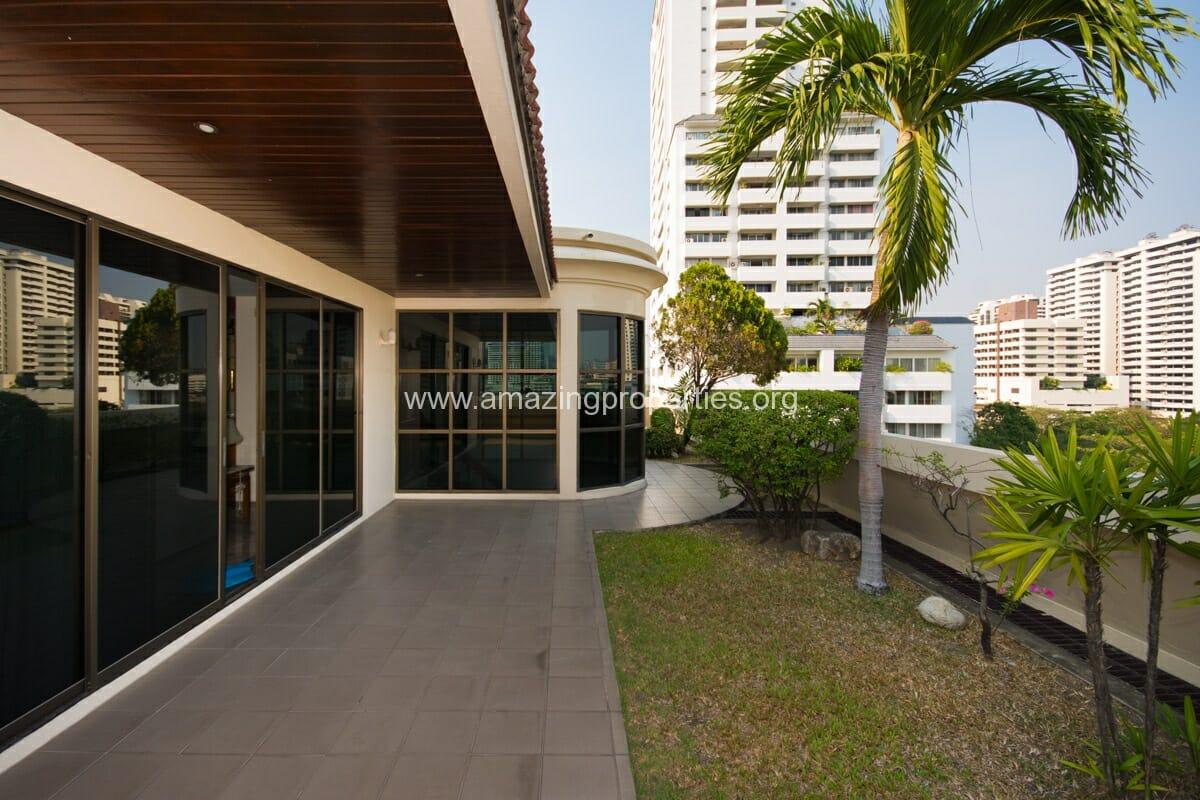 Duplex Penthouse Wewon Mansion-12