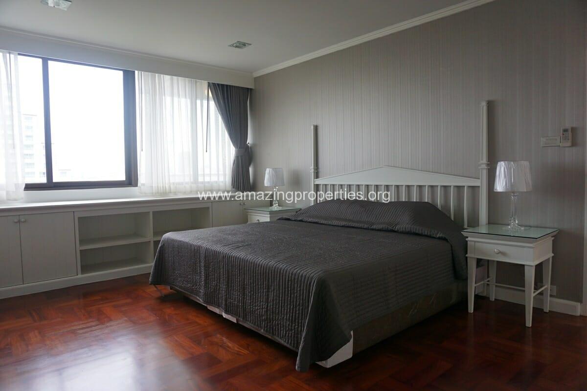 Lake Avenue 1 Bedroom Condo-11