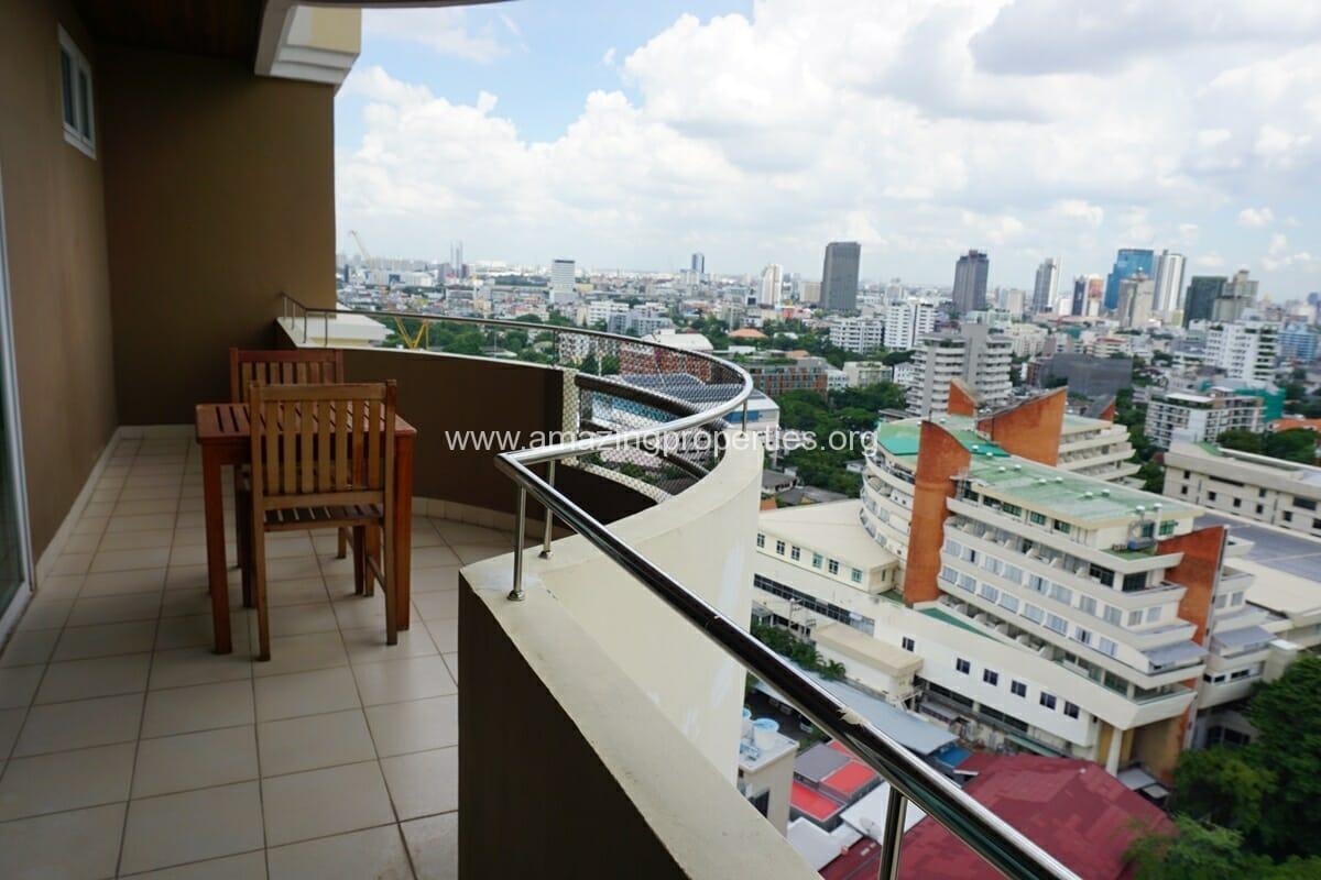 Piyathip Place 3 Bedroom Apartment-5