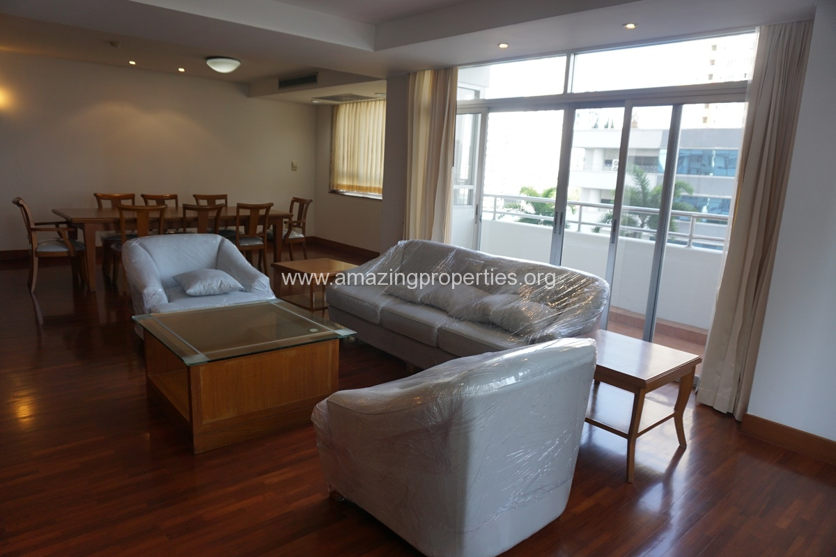 3 Bedroom Apartment Krungthep Thani Tower-1