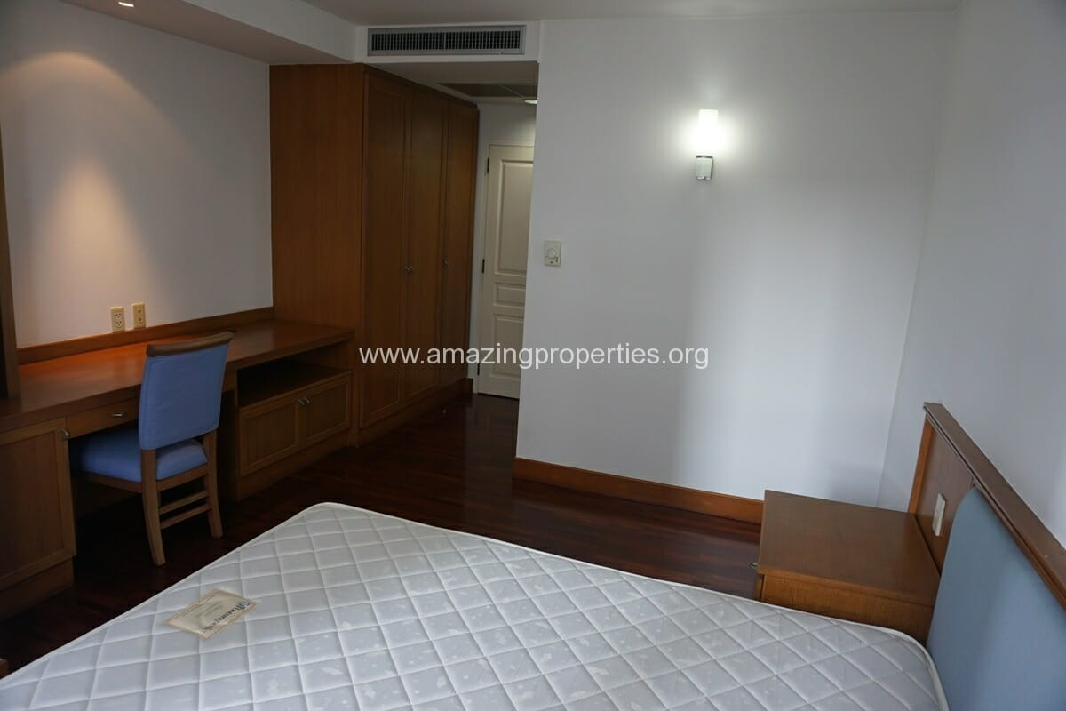 3 Bedroom Apartment Krungthep Thani Tower-15