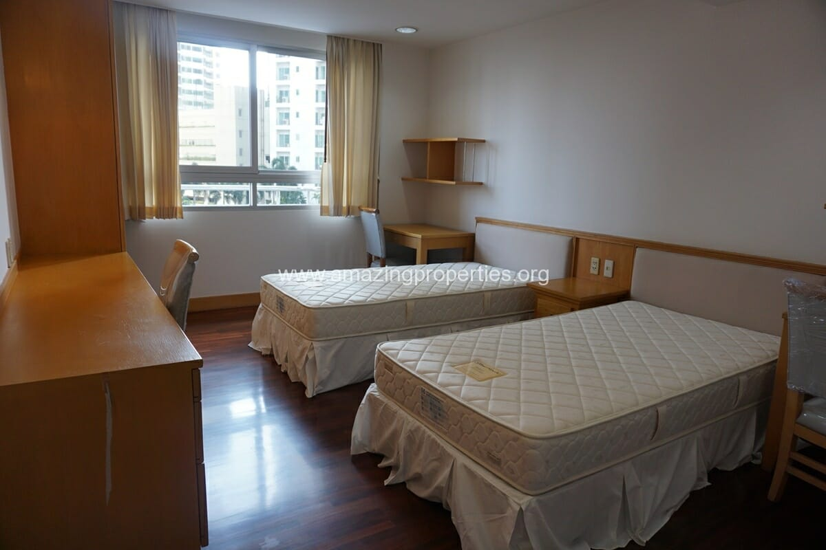 3 Bedroom Apartment Krungthep Thani Tower-18