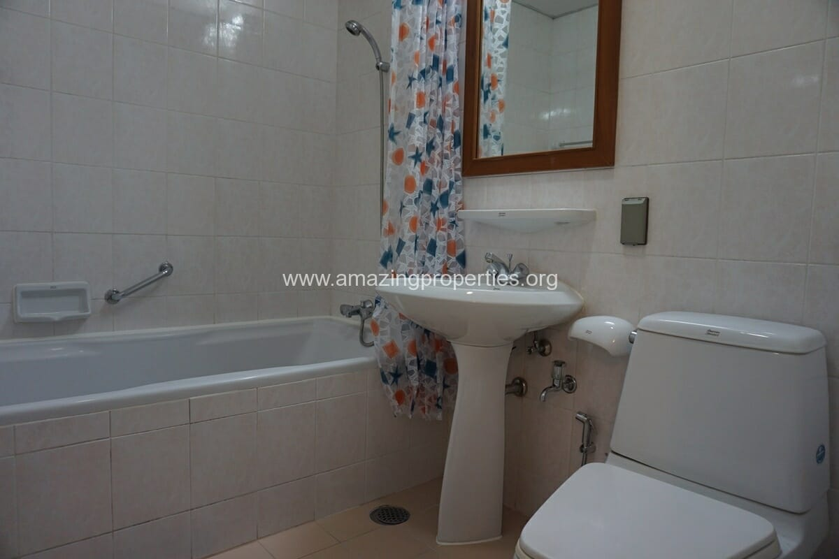 3 Bedroom Apartment Krungthep Thani Tower-19