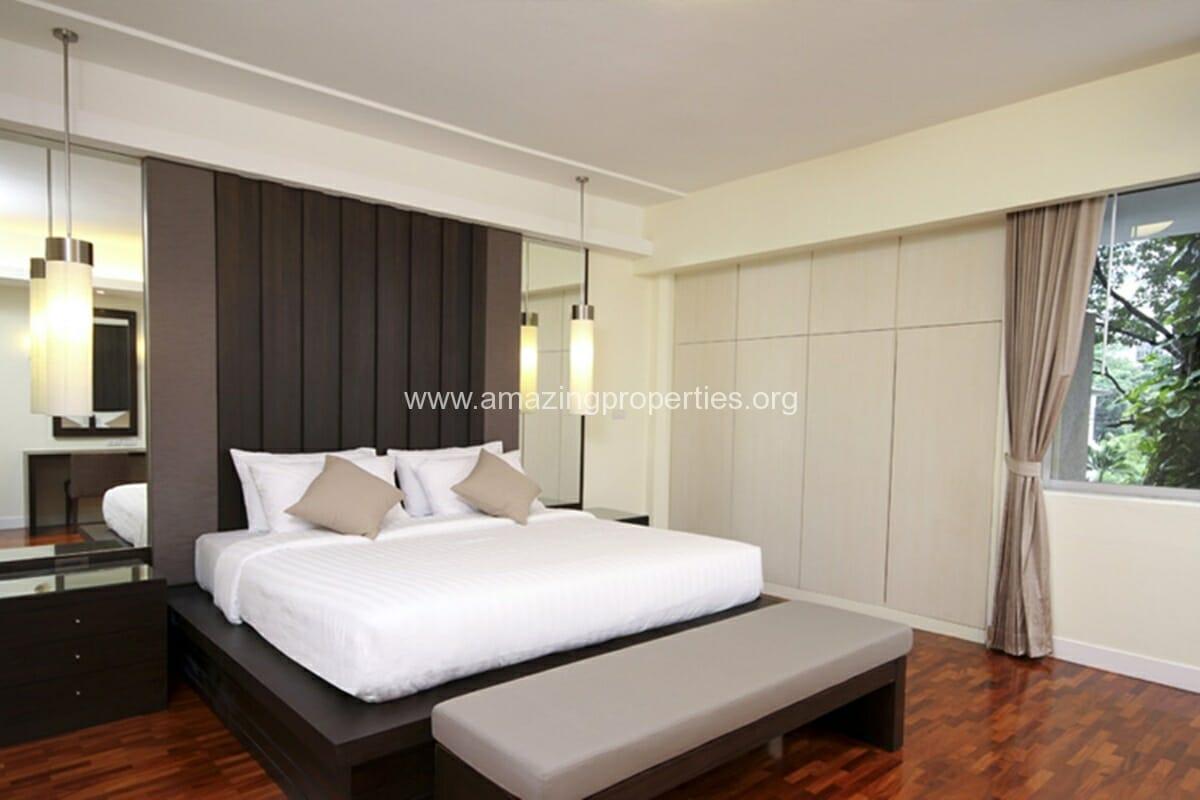 Krystal Court 2 Bedroom Apartment-3
