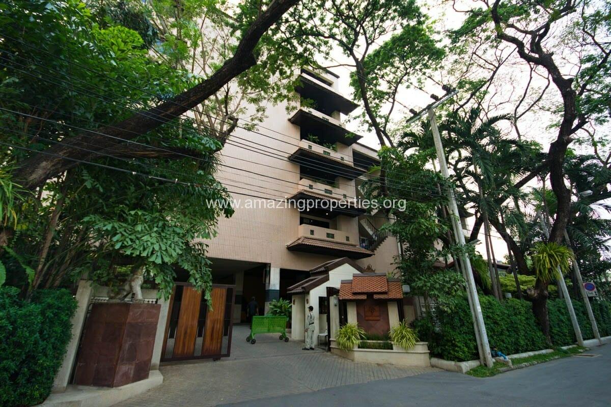 Raintree Village Apartment-3