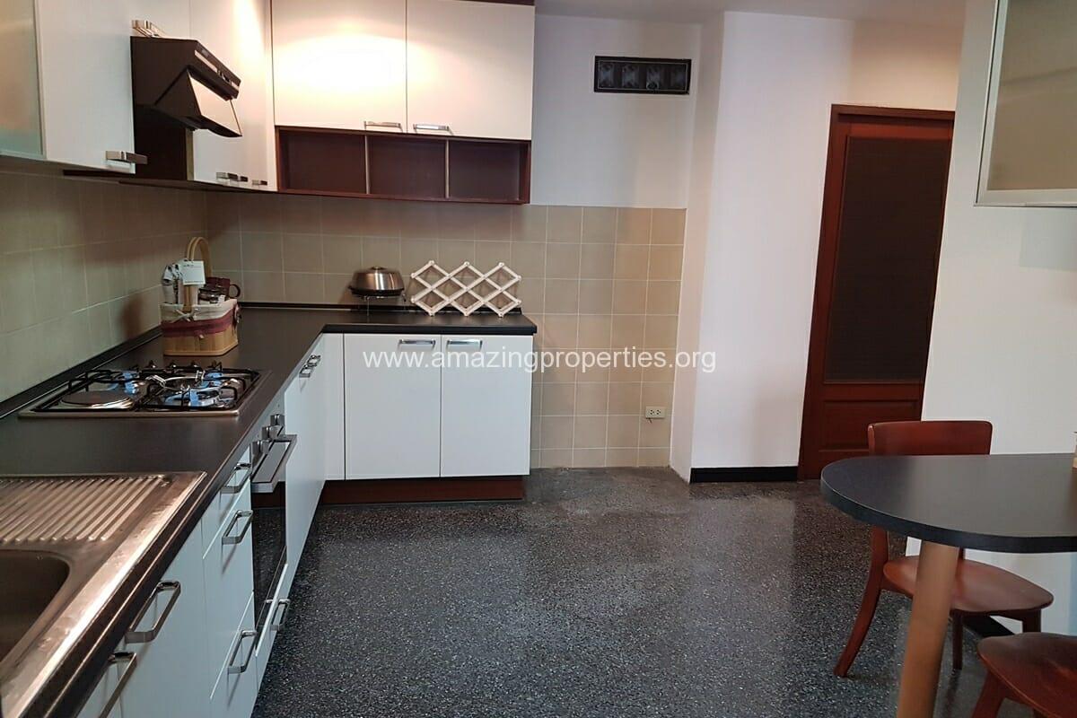 Raintree Village Duplex Penthouse-16