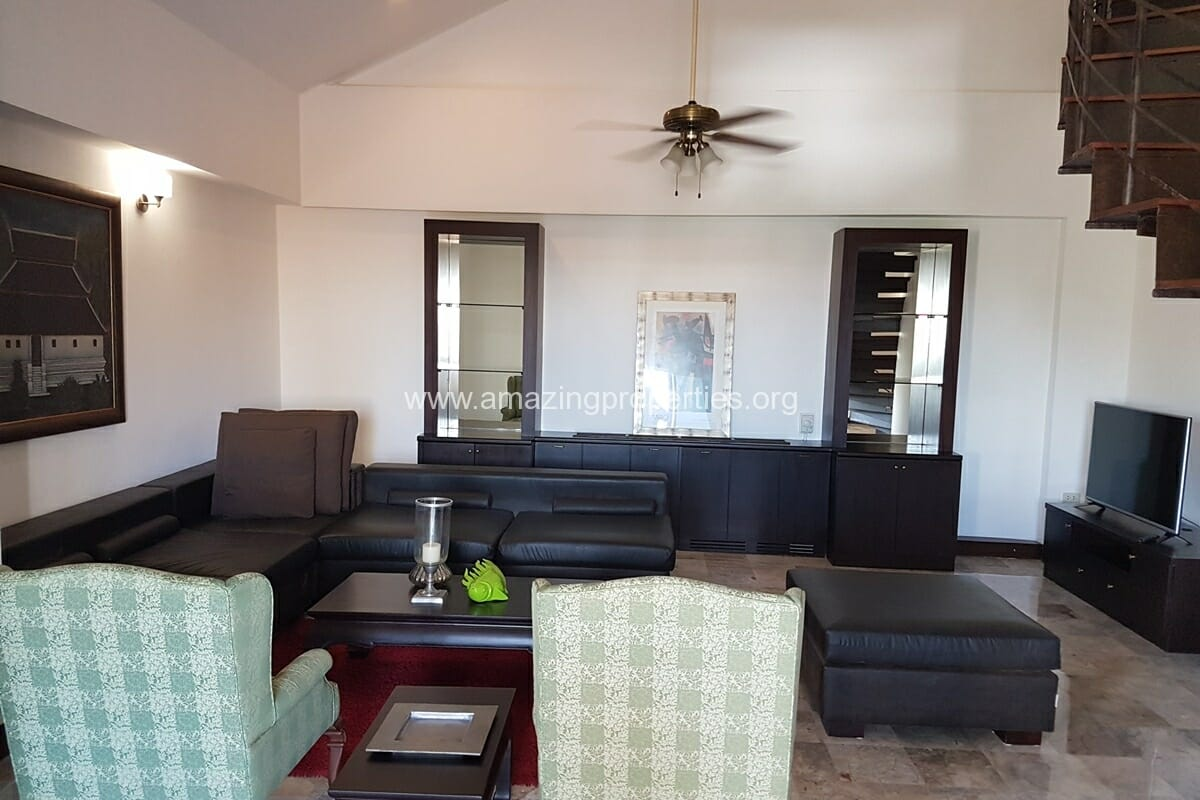 Raintree Village Duplex Penthouse-6