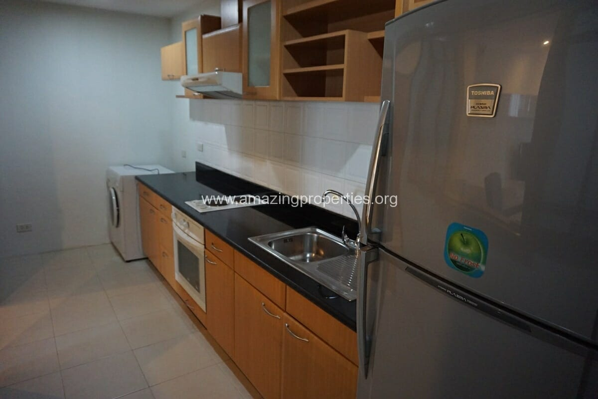 2 Bedroom apartment Queens Park View-2