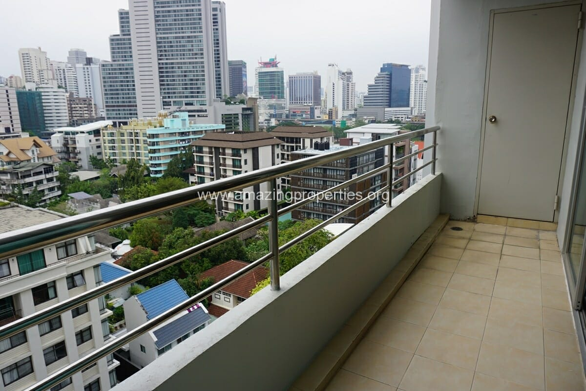 3 bedroom apartment Queens Park View-2