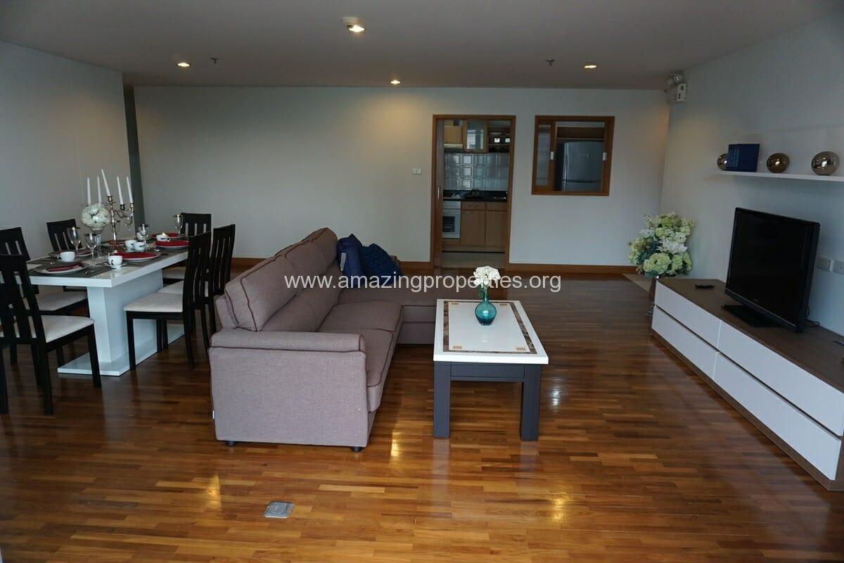 3 bedroom apartment Queens Park View-4