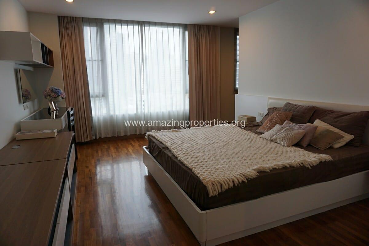 3 bedroom apartment Queens Park View-7