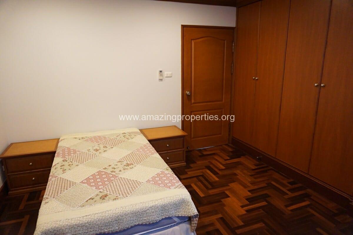 Baan Pakapun 3 Bedroom Apartment-13