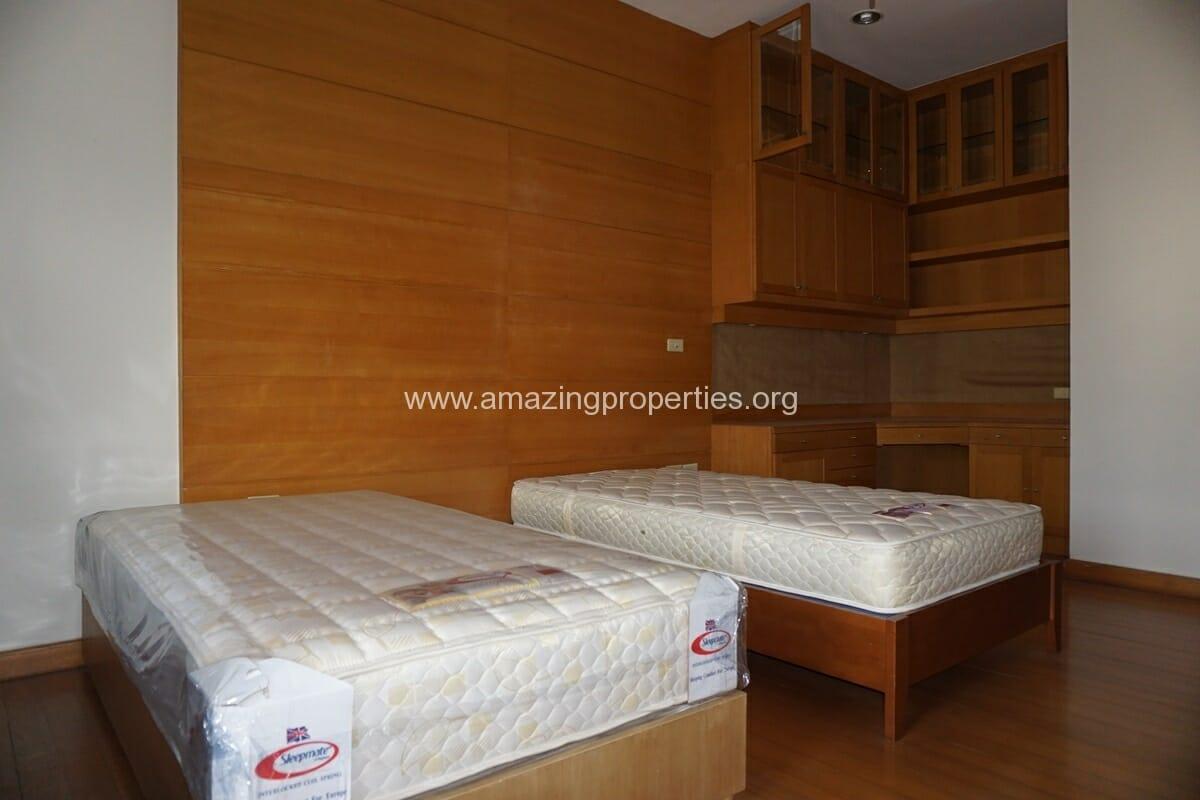 4 Bedroom Penthouse Baan Phansiri-15