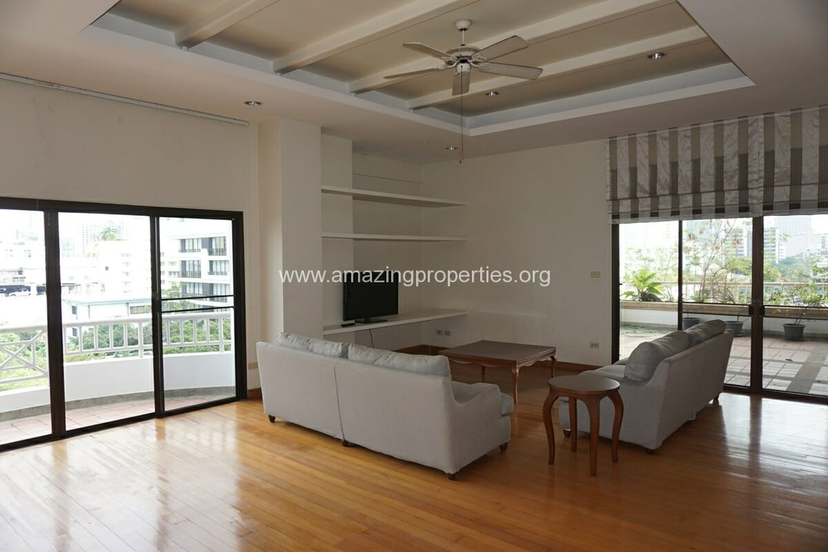 4 Bedroom Penthouse Baan Phansiri-26