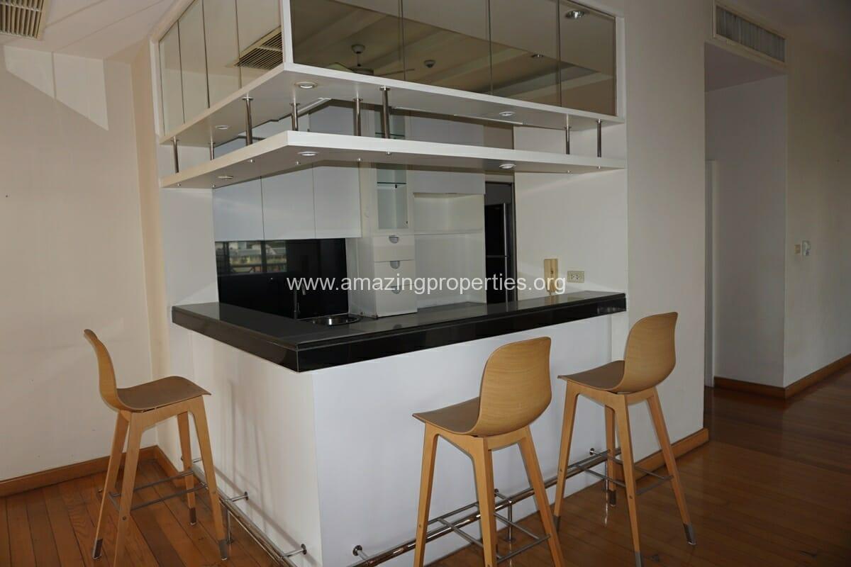 4 Bedroom Penthouse Baan Phansiri-6