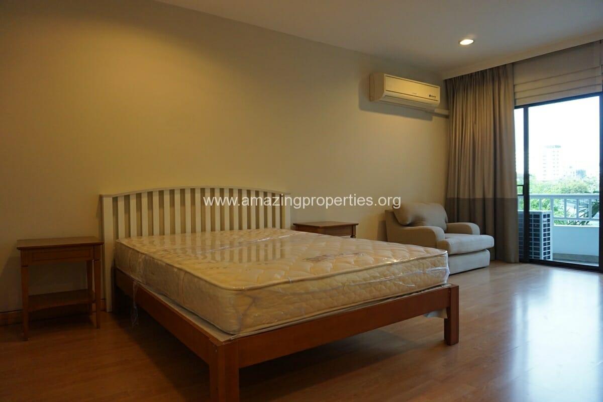 4 bedroom Baan Phansiri-12