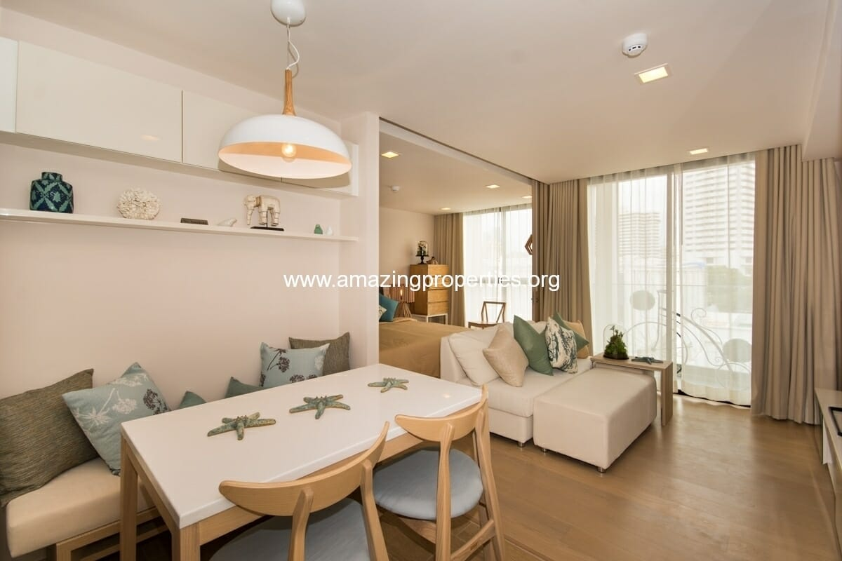 1 bedroom condo Liv @ 49
