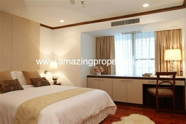 3+1 Bedroom Apartment in Asoke-11