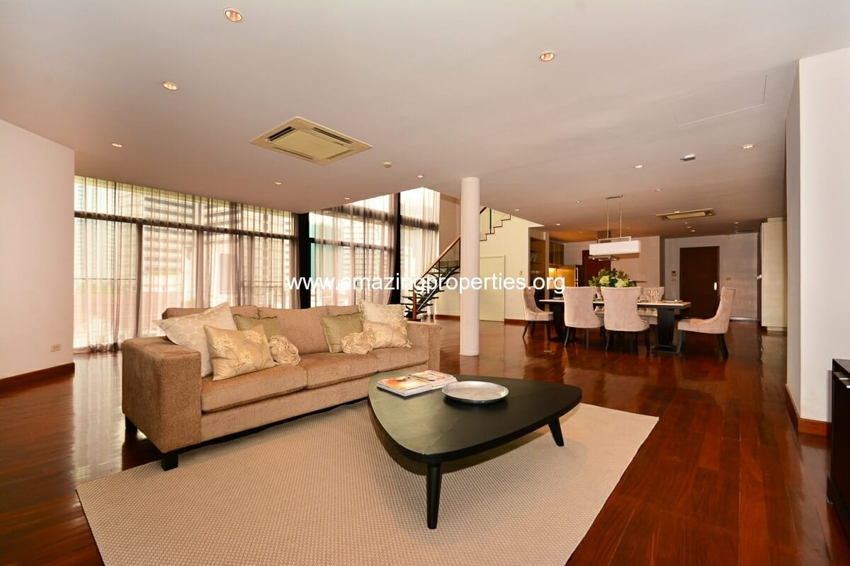 Phrom Phong 3 bedroom Apartment