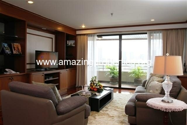 Mayfair Garden 2 bedroom Apartment Asoke