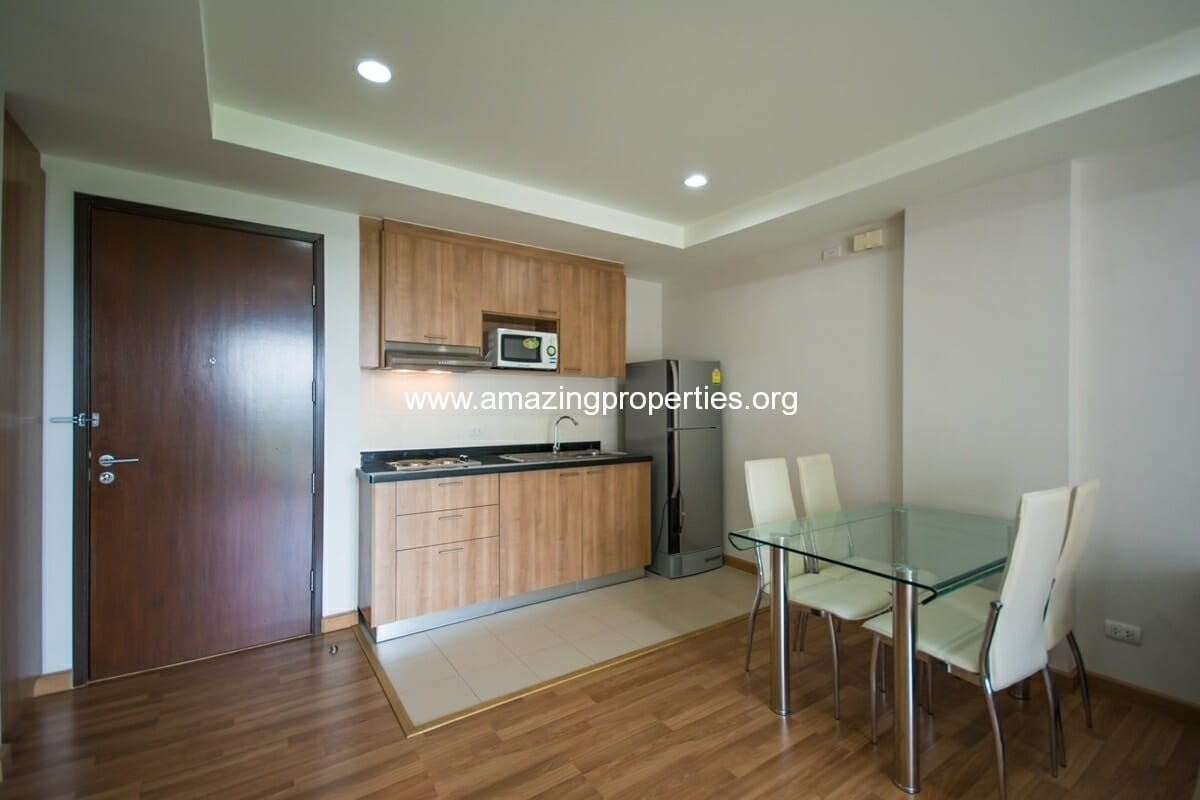 yo-place-1-bedroom-apartment-asoke-4