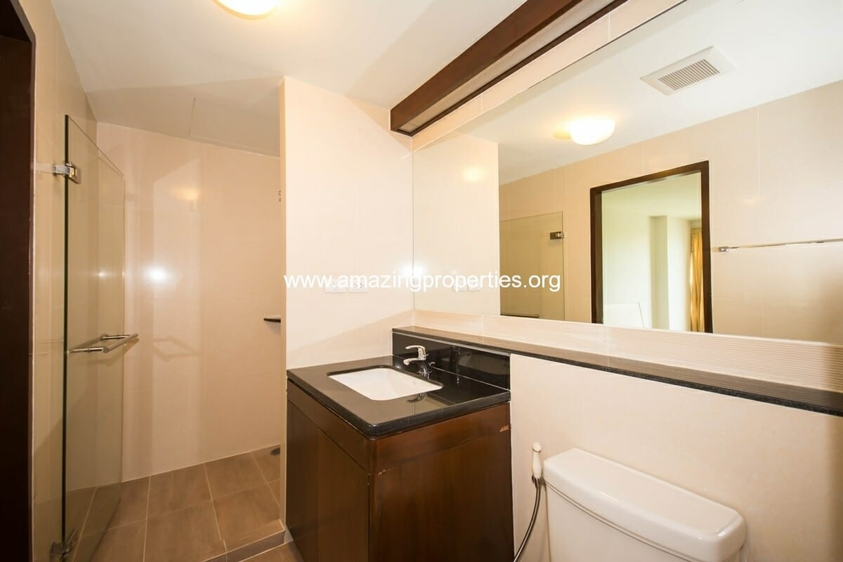 yo-place-1-bedroom-apartment-asoke-7
