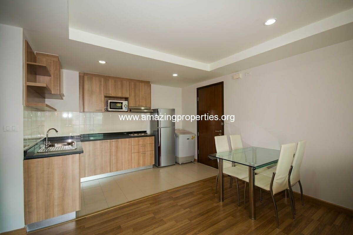 yo-place-2-bedroom-apartment-asoke-3