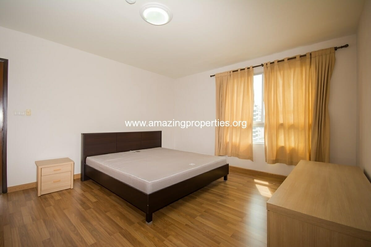yo-place-2-bedroom-apartment-asoke-6