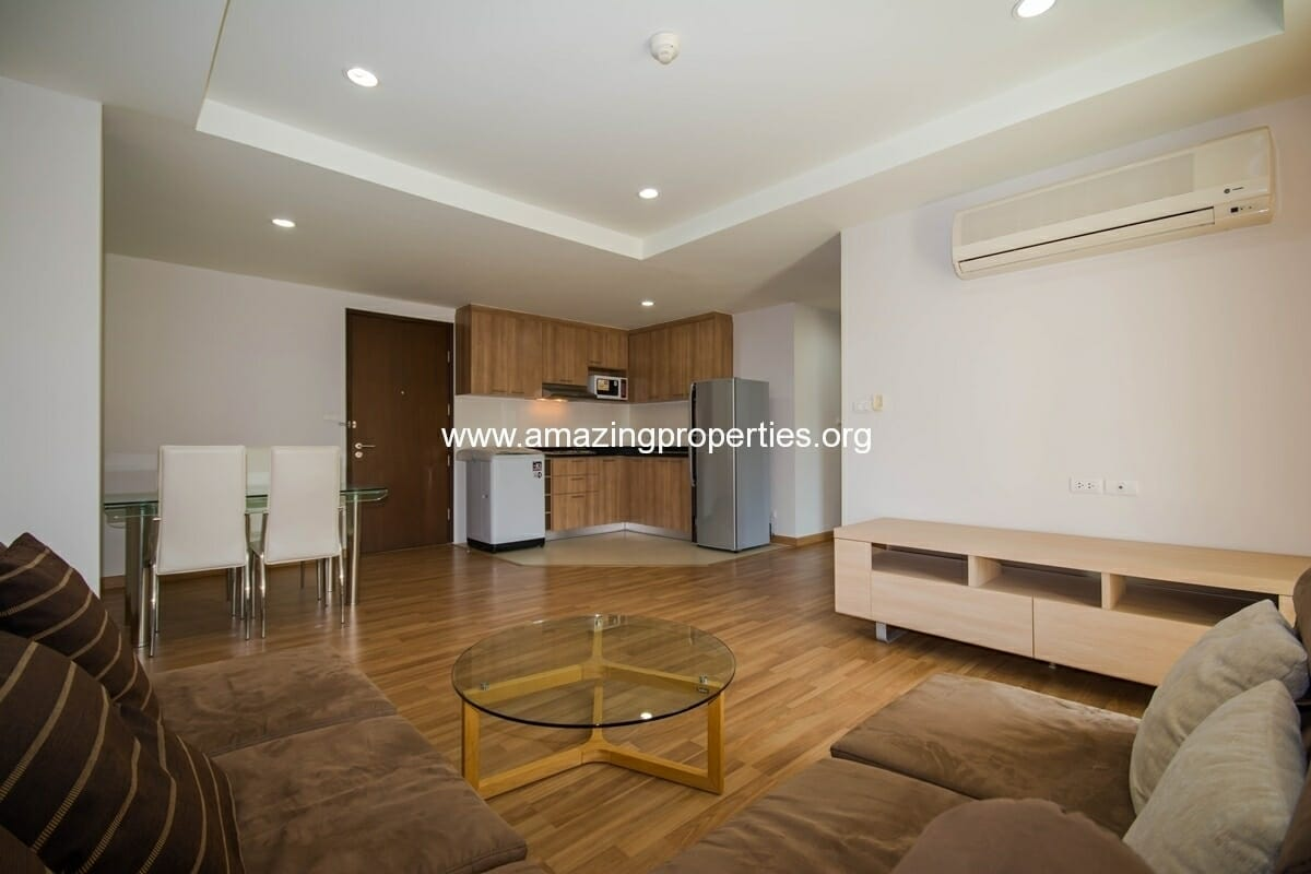yo-place-3-bedroom-apartment-in-asoke-3