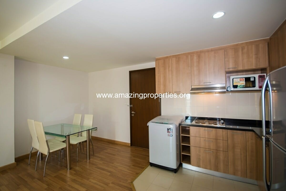 yo-place-3-bedroom-apartment-in-asoke-4