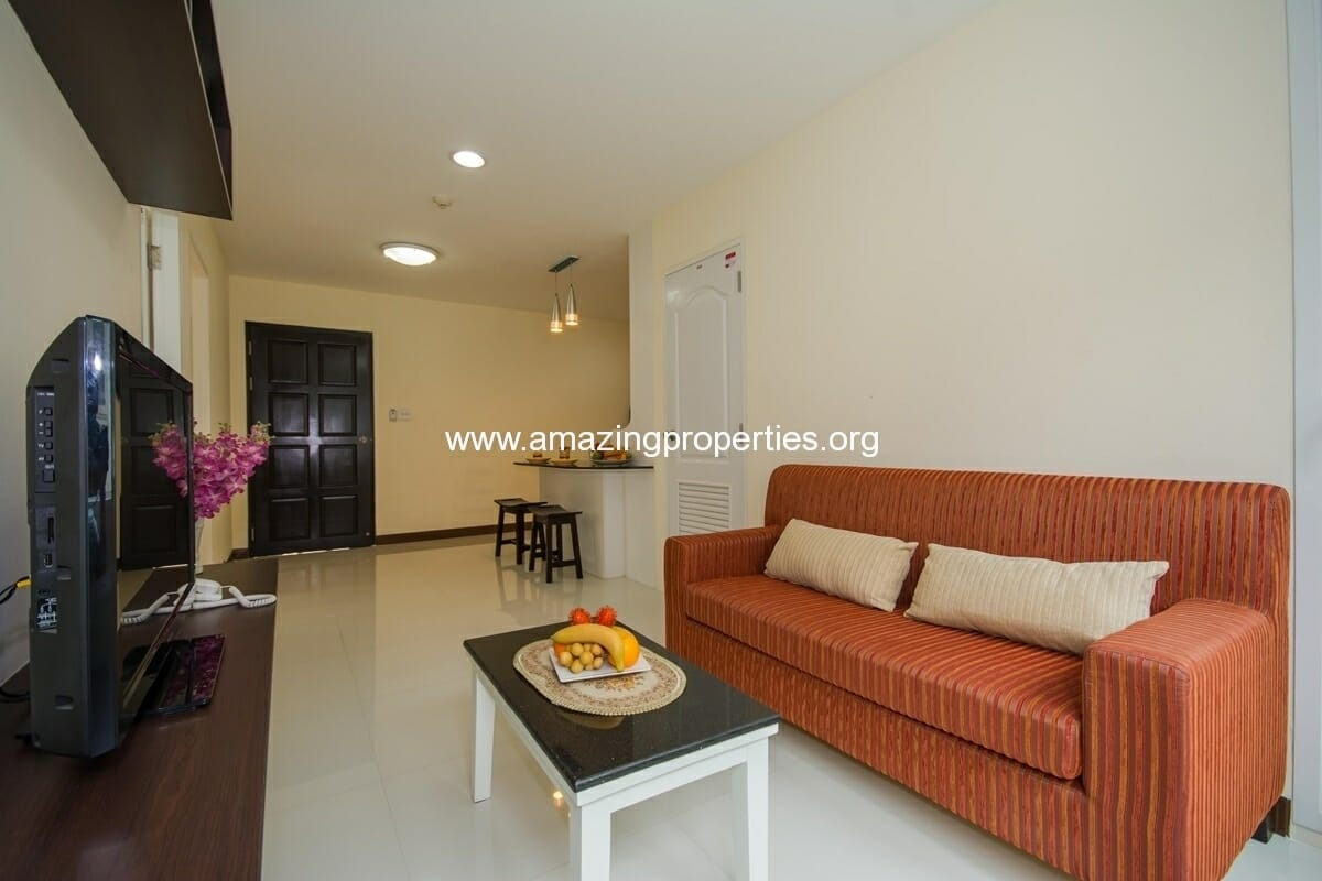 Charming Resident Ekkamai 2 bedroom Apartment for Rent