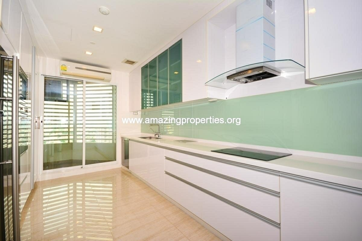 4 bedroom condo for sale at Ideal 24